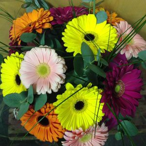 3 floral gift tips and an instant floral prize draw in for Angela florist decoration